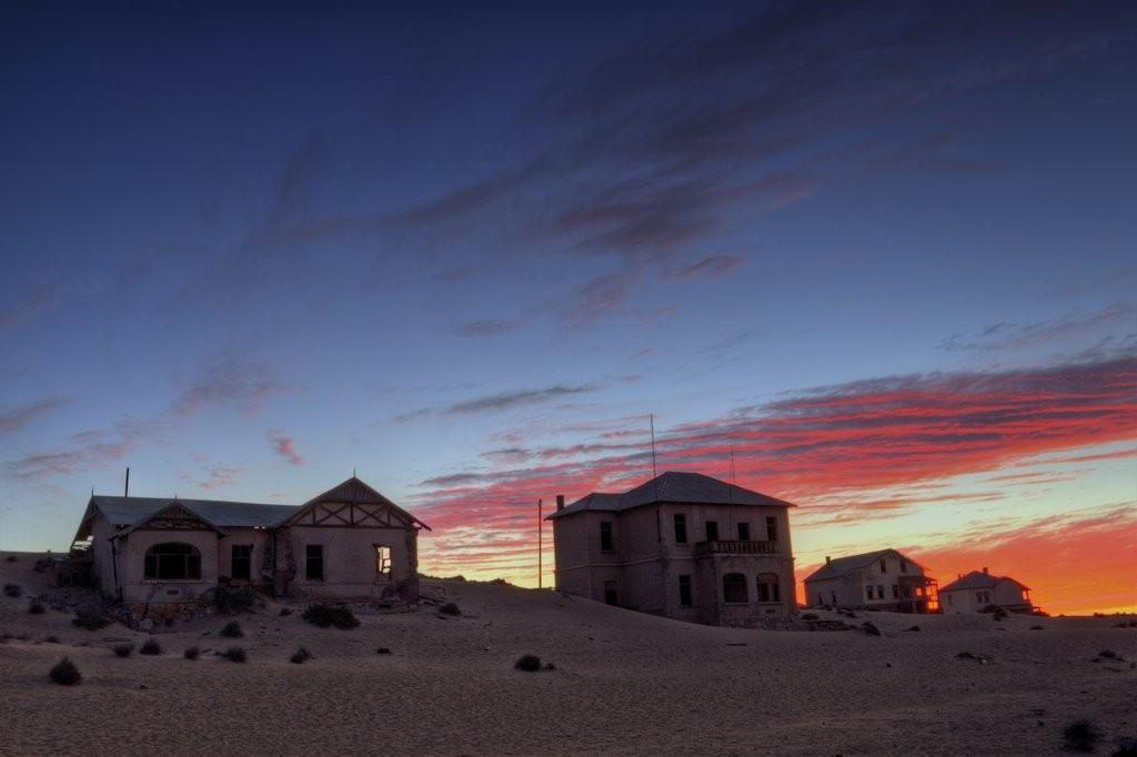 kolmanskop-ghost-town-at-sunset-1024x682.jpg